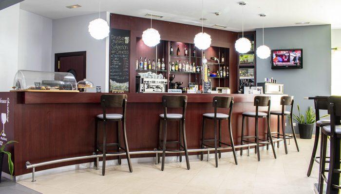 bar hotel alcala