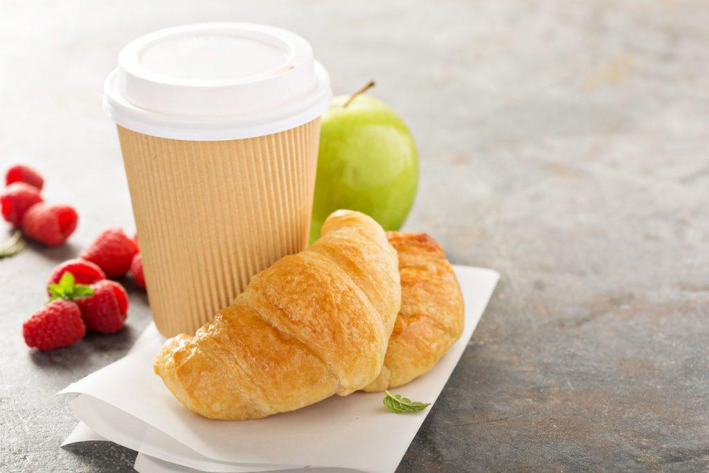 desayuno variado para llevar completo